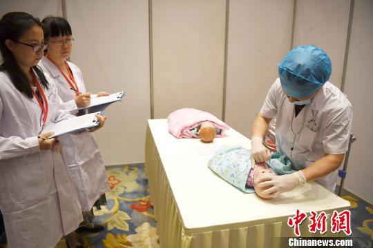 中国未来5年将培训约2万名基层儿科医护人员