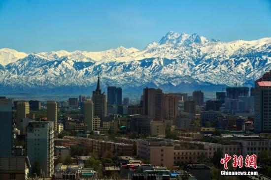 新疆2017年环境空气质量好转 首要污染物为PM10和PM2.5