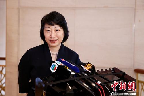 资料图:香港特别行政区政府律政司司长郑若骅。 中新社记者 韩海丹 摄