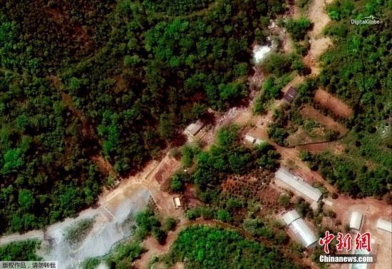 5月24天,路透社公布了一致组拍摄于5月23天的朝鲜丰溪里核试验场数字地球卫星图像。朝鲜外务省此前公布,定于今天到25天中,看来天气情况择机举行北部核试验场废弃仪式。