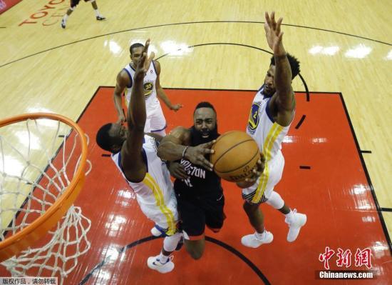 资料图:火勇大战时隔一年再度在NBA季后赛场上演。