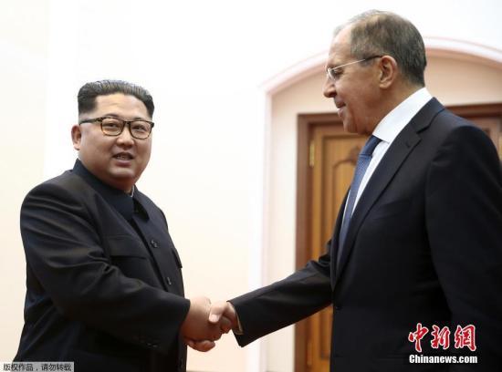 资料图:2018年5月31日,俄罗斯外交部长拉夫访问朝鲜,在平壤与朝鲜最高领导人金正恩举行了会晤。