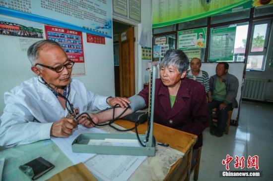 资料图:农村卫生室。陶维明 摄