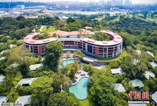 美国总统特朗普与朝鲜最高领导人金正恩将在新加坡圣淘沙地区的嘉佩乐酒店(Capella Hotel)举行会晤。