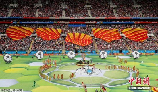 北京时间6月14日22点30分,俄罗斯世界杯开幕式在莫斯科卢日尼基体育场上演,这意味着四年一度的足球盛宴正式拉开帷幕。