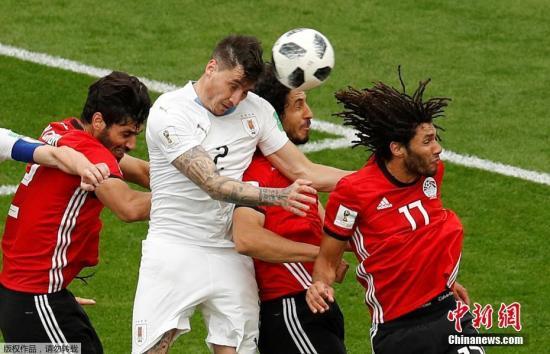 北京时间6月15日,2018年俄罗斯世界杯A组乌拉圭1-0绝杀埃及。图为希门尼斯破门瞬间。