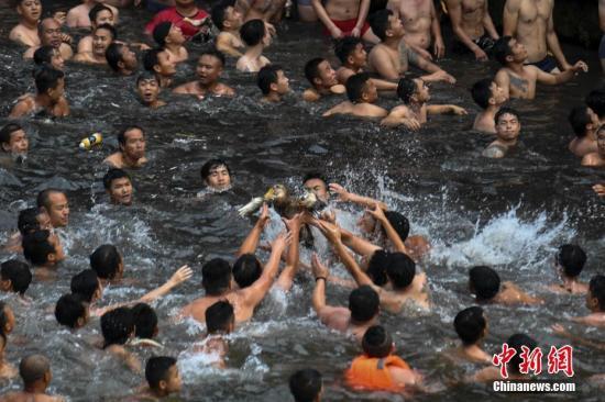 四川端午假日吸金超200亿元 家庭亲子游成市场主流     动易