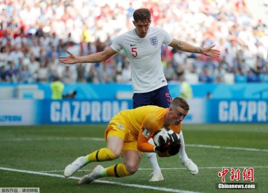 北京时间6月24日晚8时,2018俄罗斯世界杯G组次轮英格兰与巴拿马队的竞赛鄙人诺夫哥罗德打响。凯恩完结帽子戏法,协助球队以6-1大胜对手,提早一轮出线。最终一轮与比利时队的直接对话,将决议谁将成为小组榜首。