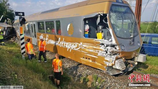 帕尔变乱两人|奥地利列车脱轨致至少2人严重受伤 车上多数为儿童