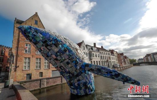 大量进入海洋的垃圾中分解成上1万吨微型塑料碎片