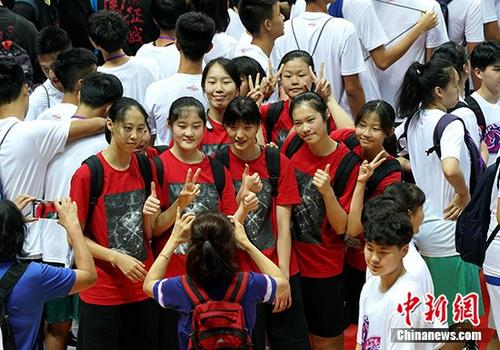 """上海台北合唱""""双城记"""" 两岸体育交流"""""""