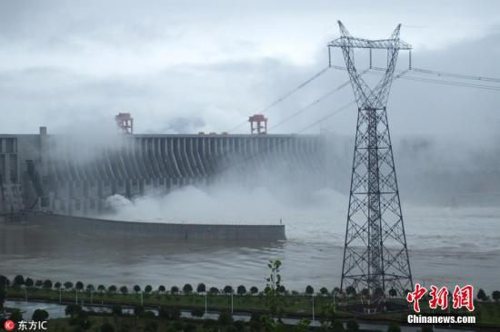 湖北宜昌借力葛洲坝和三峡工程实现两次腾飞