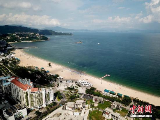 深圳大梅沙海滩。 <a target='_blank' href='http://www.chinanews.com/'>中新社</a>记者 陈文 摄