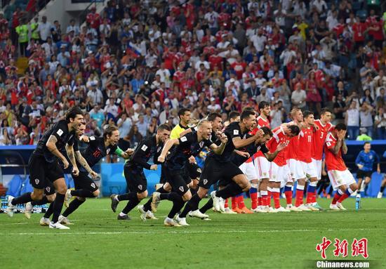 克罗地亚队庆祝胜利。 <a target='_blank' href='http://www.chinanews.com/'>中新社</a>记者 毛建军 摄