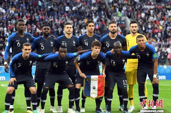 法国队首发阵容。 中新社记者 田博川 摄