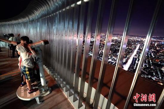 资料图:台北101大楼观景台。中新社记者 张宇 摄
