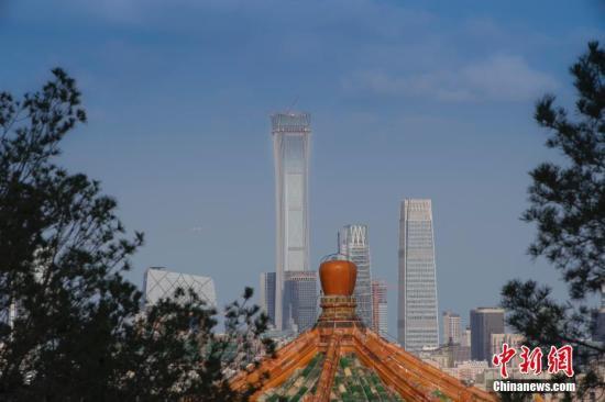 资料图:北京蓝天。中新社记者 贾天勇 摄