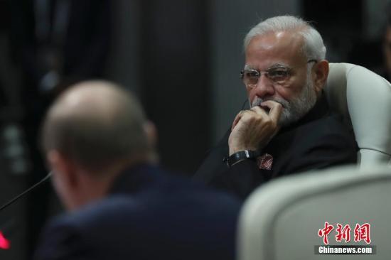 本地时间7月26日,金砖国家领导人第十次会晤在南非约翰内斯堡举行。印度总理莫迪出席。a target='_blank' href='http://www.chinanews.com/'中新社/a记者 盛佳鹏 摄