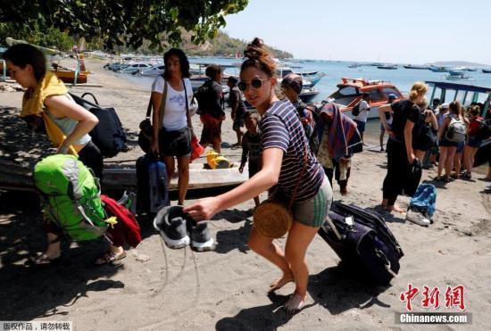 印尼龙目岛强震致98人死 北部重灾区八成建筑损毁(原创)