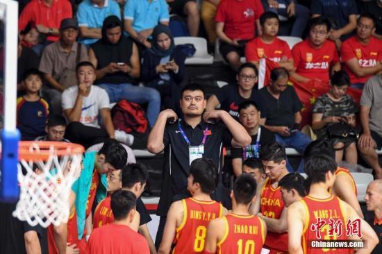 前瞻:百米接力中国受挑战 男篮女篮争夺决赛权