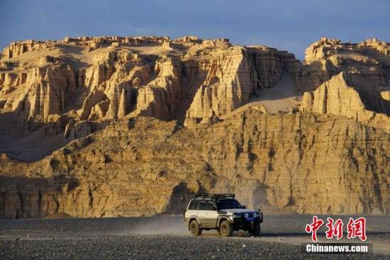 资料图:新疆哈密大海道。李华 摄