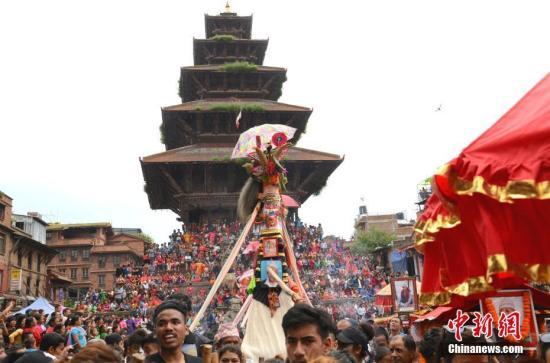 中使馆赴尼泊尔提醒:出入境规定多 特色项目有风险
