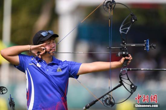 8月27日,雅加达亚运会射箭混合复合弓团体决赛结束。中国台北队以151比150险胜韩国队,夺得金牌。<a target='_blank' href='http://www.chinanews.com/'>中新社</a>记者 杨华峰 摄