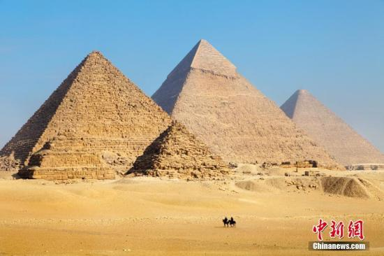 材料图片:埃及金字塔。 图片来历:图虫构思