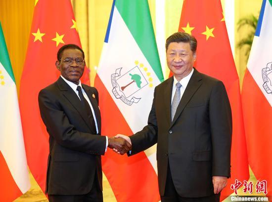 9月2日,中国国家主席习近平在北京人民大会堂会见赤道几内亚总统奥比昂。 <a target='_blank' href='http://www.chinanews.com/'>中新社</a>记者 刘震 摄