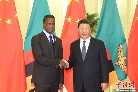 9月1日,中国国家主席习近平在北京人民大会堂会见赞比亚总统伦古。 <a target='_blank' href='http://www.chinanews.com/'>中新社</a>记者 盛佳鹏 摄