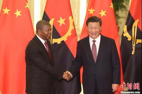 9月2日,中国国家主席习近平在北京人民大会堂会见安哥拉总统洛伦索。 <a target='_blank' href='http://www.chinanews.com/'>中新社</a>记者 盛佳鹏 摄