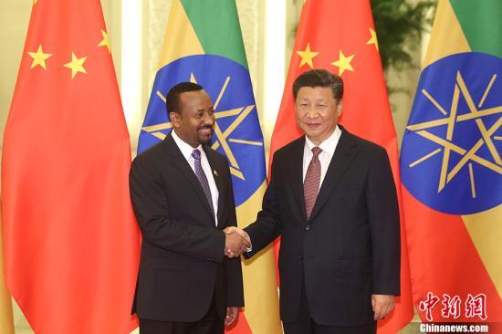 9月2日,中国国家主席习近平在北京人民大会堂会见埃塞俄比亚总理阿比。 <a target='_blank' href='http://www.chinanews.com/'>中新社</a>记者 盛佳鹏 摄