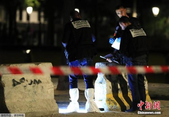 巴黎持刀袭击事件致7人受伤嫌犯被捕 警