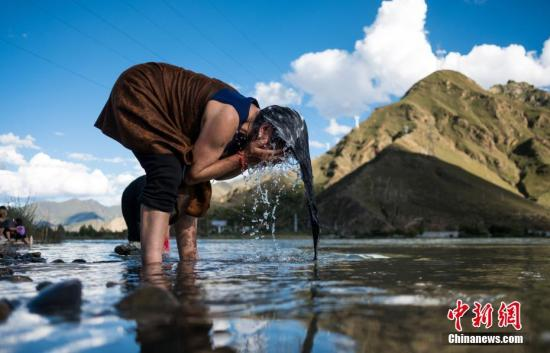 Tibetan medicinal bathing seeks nod as UNESCO intangible heritage
