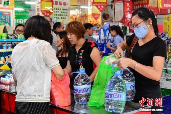 国家发改委:消费形势总体平稳有所波动 升级趋势依然强劲