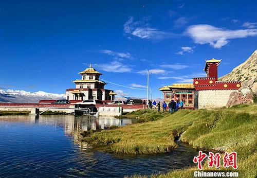 图为已经被保护起来的珠峰冰川水源地。<a target='_blank' href='http://www.chinanews.com/'>中新社</a>记者 赵延 摄