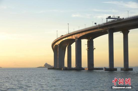 资料图:港珠澳大桥香港段。<a target='_blank' href='http://www.chinanews.com/'>中新社</a>记者 李志华 摄