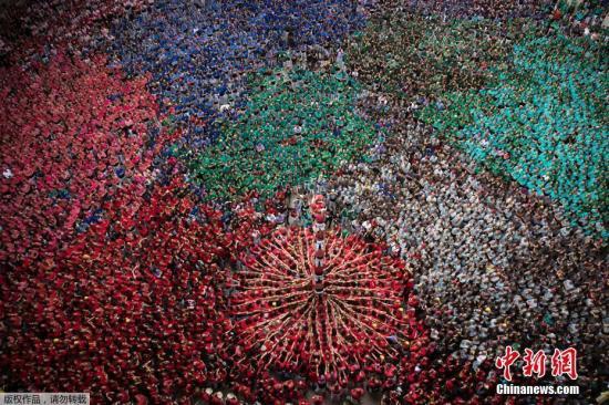 材料图:西班牙减泰罗亚人。