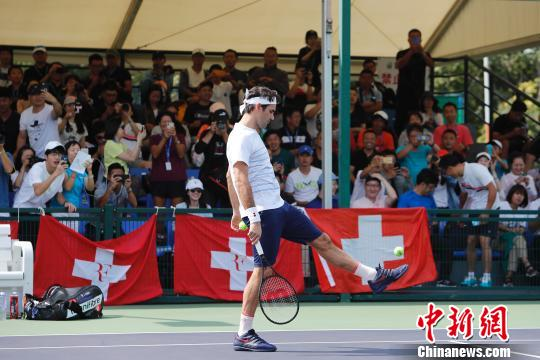 ATP上海大师赛:费德勒首秀险胜 中国选手全军覆没