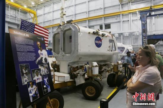 美國空軍神秘的X-37B飛行器返地球 或為人類首架太空戰斗機