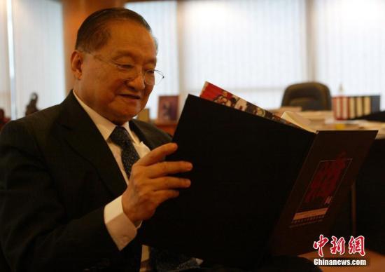 2007年6月28日,金庸先生在香港接受中新社記者專訪。中新社記者 任海霞 攝
