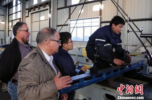 资料图:大装备制造业工厂。中新社记者 任海霞 摄(图文无关)