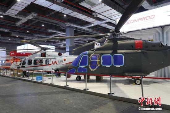 这架价值2亿的意大利莱奥纳多直升机AW189,将完成它的中国首秀。张亨伟 摄