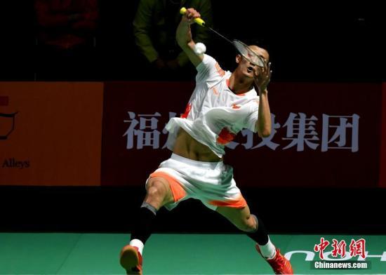 福州羽毛球公开赛次轮:谌龙石宇奇霸气横扫