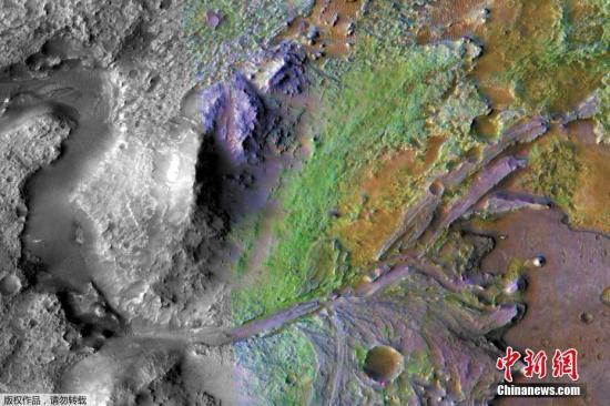 美国航空航天局介绍,选择这座28英里宽的陨石坑,一方面是让火星车尽量安全着陆,另一方面,该地所处环境可能满足探索火星生命的方案。