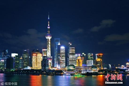 原料图:上海东方明珠广播电视塔。图片来源:视觉中国
