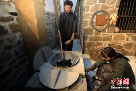 博物馆采用高端信息技术,实景展示海参小镇渔民的传统生活。王福东 摄