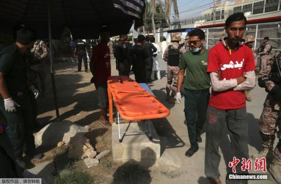 资料图片:巴基斯坦警方称,当地时间2018年11月23日发生的针对中国驻巴基斯坦卡拉奇领事馆的袭击已被挫败。袭击造成2名巴基斯坦警察身亡,3名袭击者均被击毙。