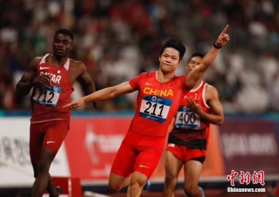 """男女队同进决赛 中国短跑接力""""疯狂""""一"""