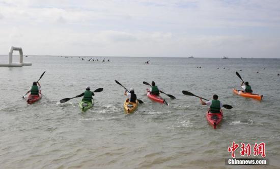 """环海南岛皮划艇赛""""决战""""三亚 香港选手"""
